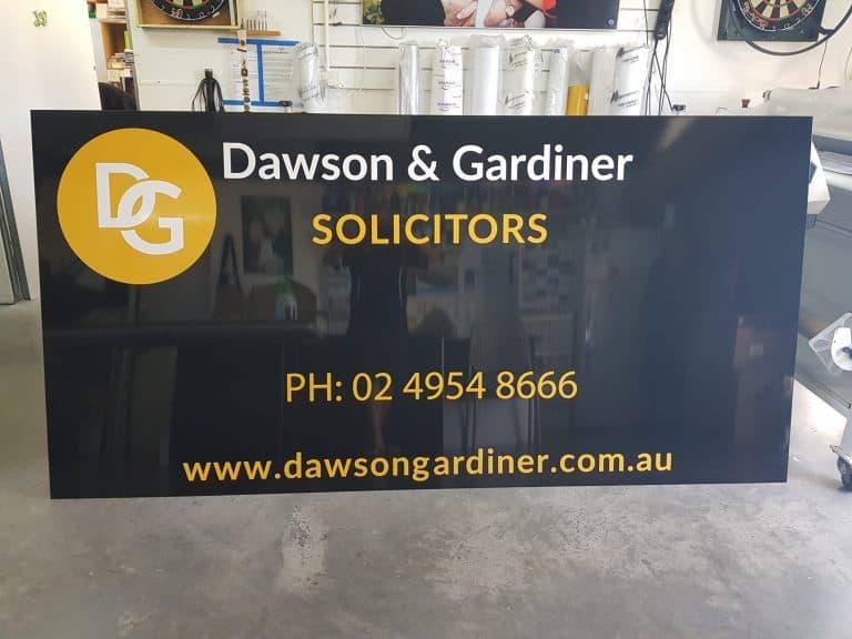Dawson & Gardiner Solicitors business sign