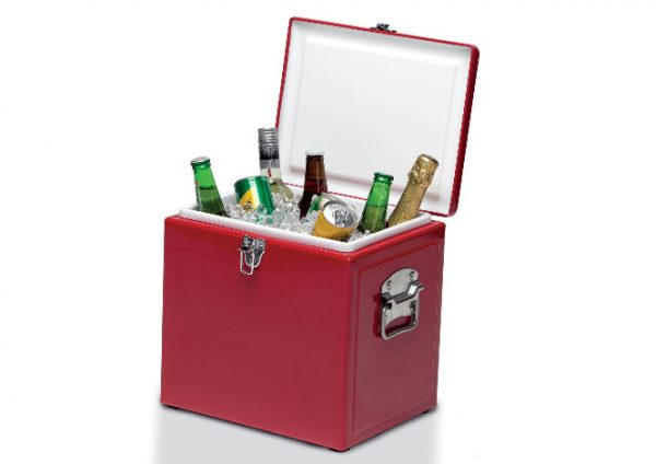 Vintage Cooler Box Red opened full of drinks & ice